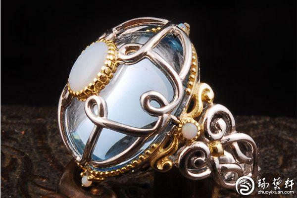 托帕石戒指