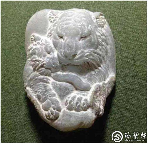 青年玉雕师马波:从小受玉文化长大