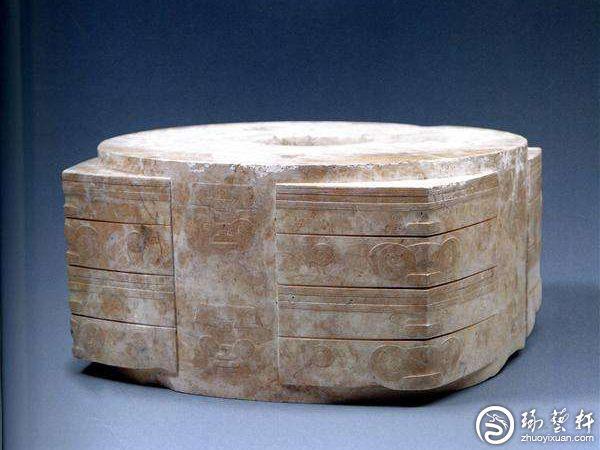 将良渚先民精湛玉雕技艺传向全世界