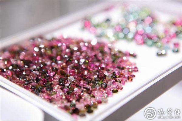 第十四届上海国际黄金珠宝玉石展览会将在世博展览馆举行