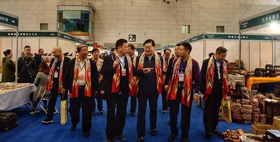 乌鲁木齐举办首届丝绸之路玉石文化产业博览会