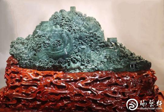 武汉玉雕大师何芳:传承传统雕刻技艺 培养传承人